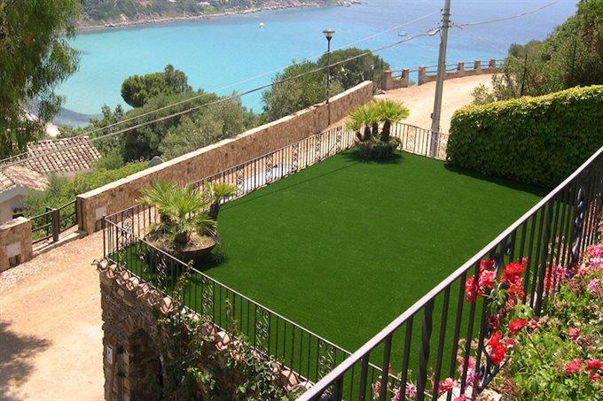 Tapijt Voor Balkon : Kunstgras: een grastapijt voor je tuin en of balkon!