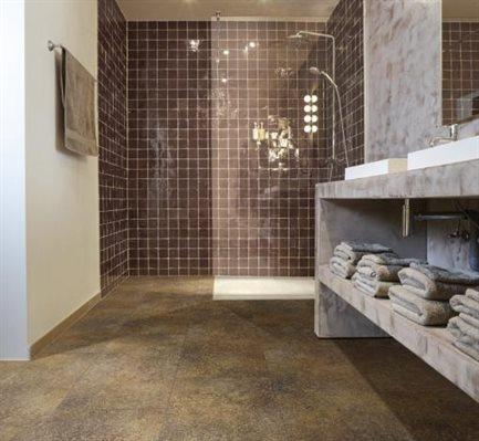 Vloer woonkamer keuken - Badkamer met parketvloer ...